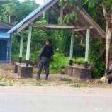 คนร้ายลอบวางระเบิด จนท.ทหาร ยังไม่ทราบสังกัด ชุดเดินเท้า ลว.รปภ.ครูโรงเรียนบ้านกูวิง