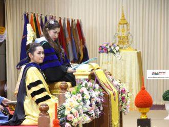 สมเด็จพระเจ้าลูกเธอ เจ้าฟ้าจุฬาภรณวลัยลักษณ์ พระราชทานปริญญาบัตร แก่บัณฑิต ม.อ. ปีการศึกษา 58