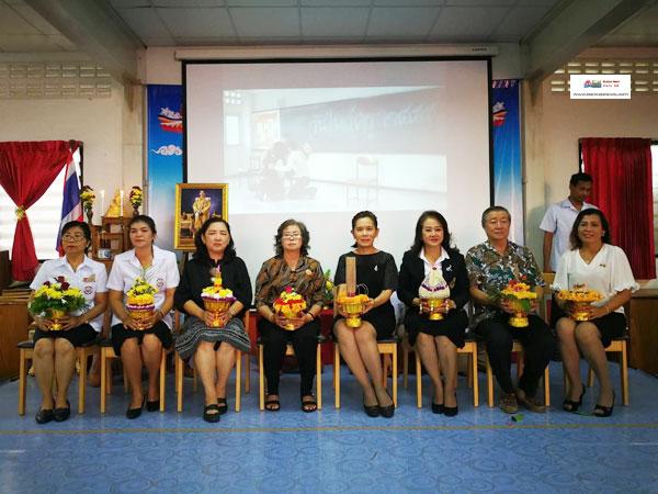 โรงเรียนสงขลาวิทยามูลนิธิจัดงานวันไหว้ครูประจำปีการศึกษา 2560