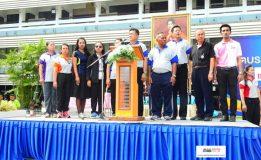 """พิธีราชสักการะเนื่องในโอกาสมหามงคลเฉลิมพระชนมพรรษา สมเด็จพระนางเจ้าสิริกิติ์ พระบรมราชินีนาถ ในรัชกาลที่ 9 และพิธีเปิดการแข่งขันกีฬาภายใน """"สัตบรรณเกมส์"""" ครั้งที่ 6 ณ โรงเรียนเทศบาล 5 (วัดหัวป้อมนอก)"""