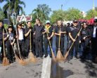 ชาวจังหวัดสุรินทร์ร่วมใจทำ Big Cleaning Day สร้างความสะอาดเมืองครั้งใหญ่ เตรียมการสำหรับงานพระราชพิธีถวายพระเพลิงพระบรมศพและงานถวายดอกไม้จันทน์