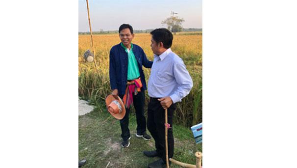 รองผู้ว่าฯ ตรัง และทีมงานกลุ่มเสรีรวมไทยพัทลุงพบปะพี่น้องประชาชนในพื้นที่อำเภอปากพะยูน