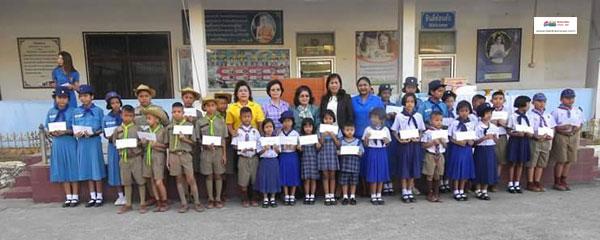 ศิษย์เก่าโรงเรียนเทศบาล 1 (ถนนนครนอก)  มอบทุนการศึกษาให้แก่นักเรียนจำนวน 31 ทุน