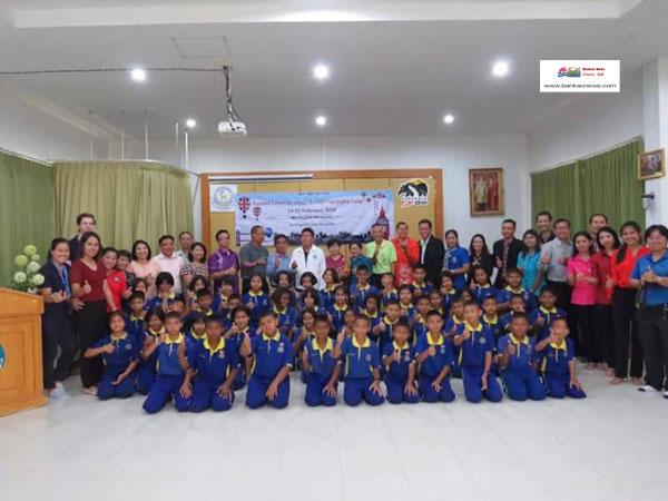 พิธีเปิดโครงการค่ายภาษาอังกฤษ (English Camp) ประจำปีงบประมาณ 2560 ของโรงเรียนเทศบาล 2 (อ่อนอุทิศ)