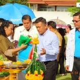 นายกเทศมนตรีนครสงขลานำพนักงานบวงสรวงพระภูมิเจ้าที่เพื่อความเป็นสิริมงคลเนื่องในวันเทศบาล 24 เมษายน