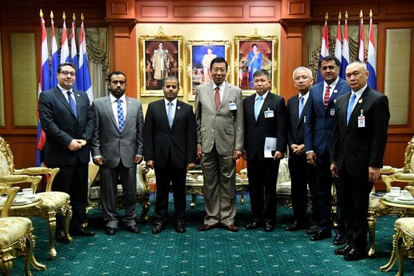 สนช. ให้การรับรองเอกอัครราชทูตสหรัฐอาหรับเอมิเรตส์ประจำประเทศไทย เพื่อหารือข้อราชการเกี่ยวกับการพัฒนาความสัมพันธ์ทวิภาคีระหว่างประเทศไทยและสหรัฐอาหรับเอมิเรตส์