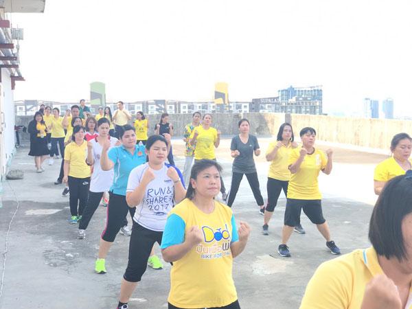 สนช.ร่วมกิจกรรมออกกำลังกายเพื่อสร้างเสริมสุขภาพพลานามัย