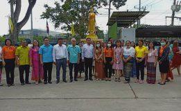 เทศบาลเมืองควนลังร่วมเปลี่ยนผ้าพระพุทธรูปปางห้ามญาติ พระประจำสำนักงาน เพื่อความเป็นสิริมงคล