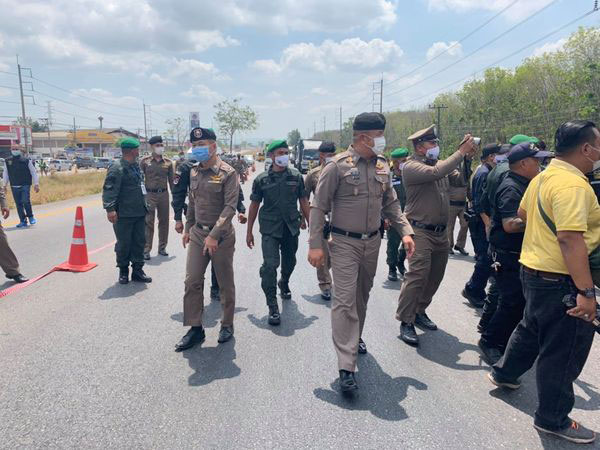 ตำรวจภูธรภาค 9 นำผู้ต้องหา ทำเเผนประกอบคำรับสารภาพ จากเหตุคนร้ายก่อเหตุฆ่าข่มขืนเเละชิงทรัพย์